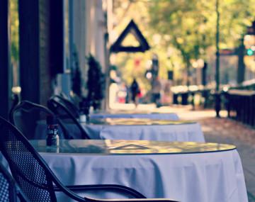 Restaurants & Clubs